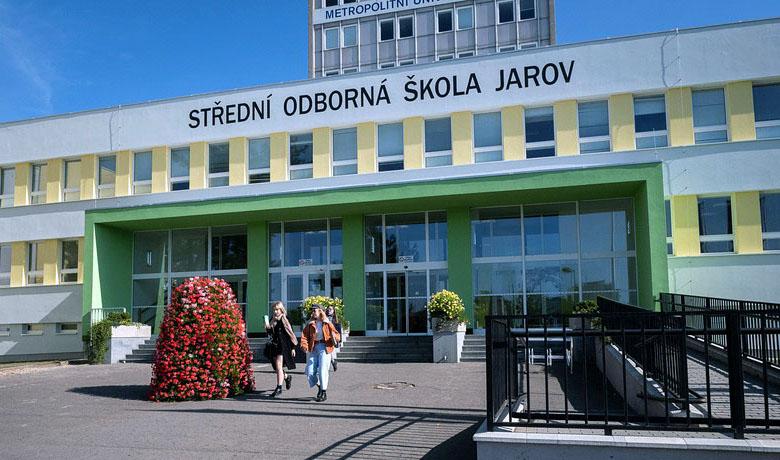 Škola Jarov