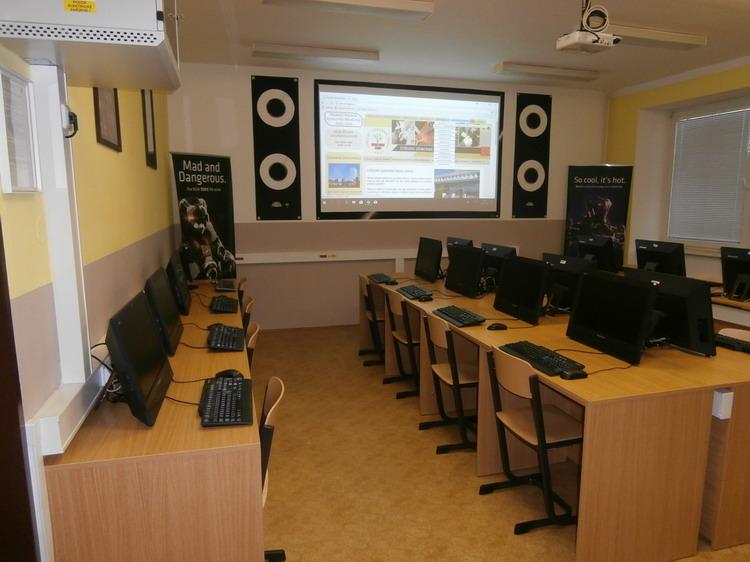 Škola Jarov - učebny