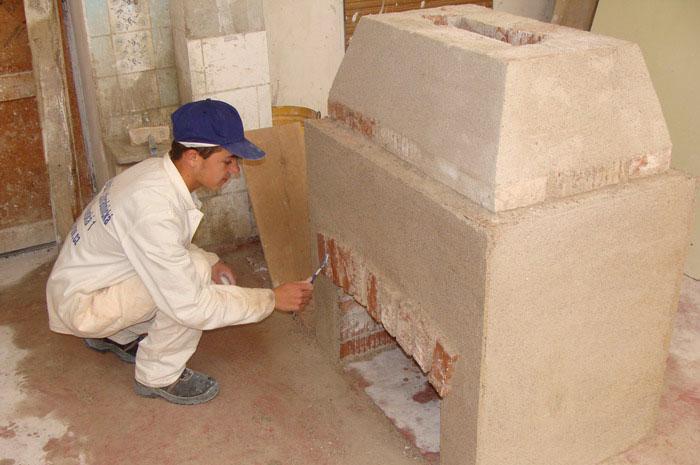 Kamnář - stavitel krbů - Škola Jarov